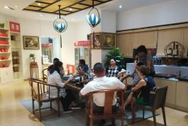 乐博国际:茶叶加盟店加盟商展示