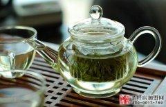 多喝绿茶可以保护牙齿防口臭