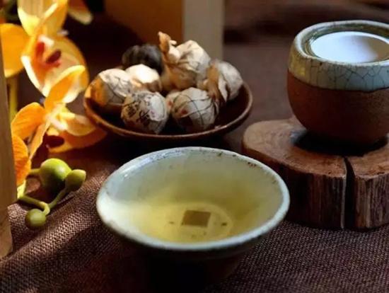 白茶神秘的养身功效和作用